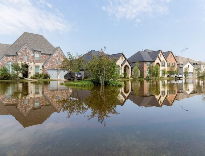 Flood in the residential area of Virginia